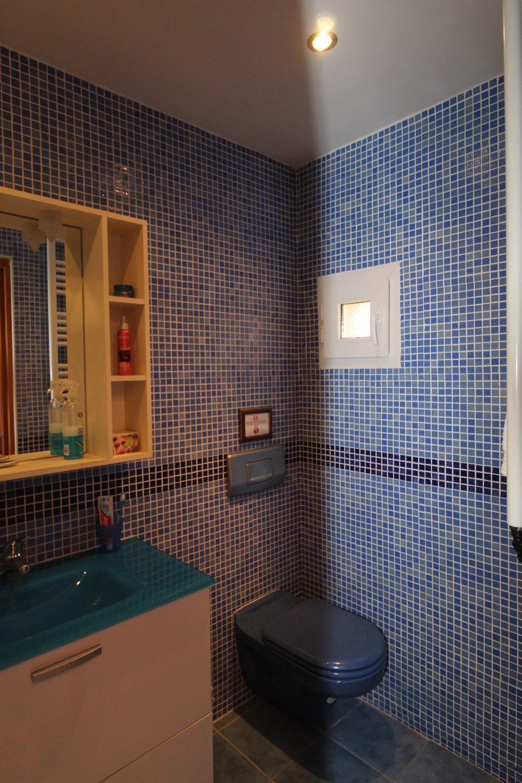 WC Azul