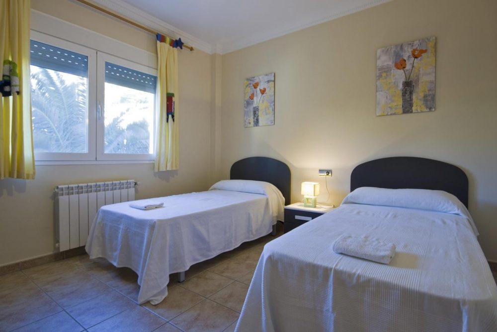 C14 dormitorio 1