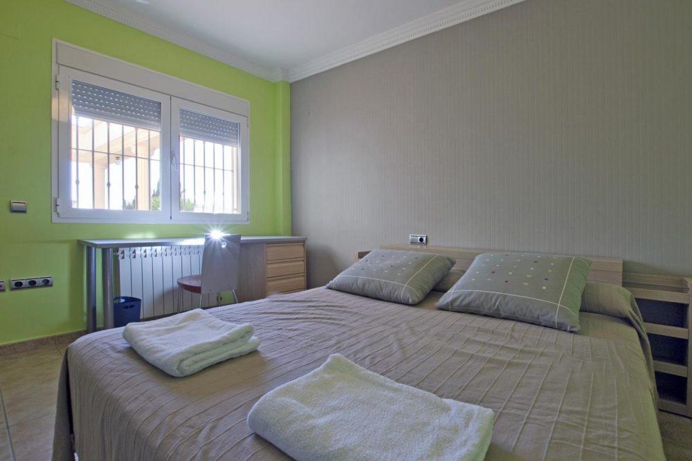 C14 dormitorio 2