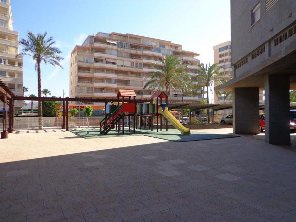 apolo 14 162 6 parque infantil (Copy)