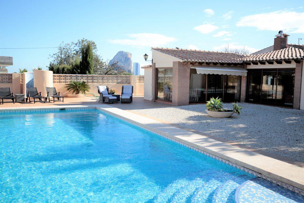 piscina casa invitados