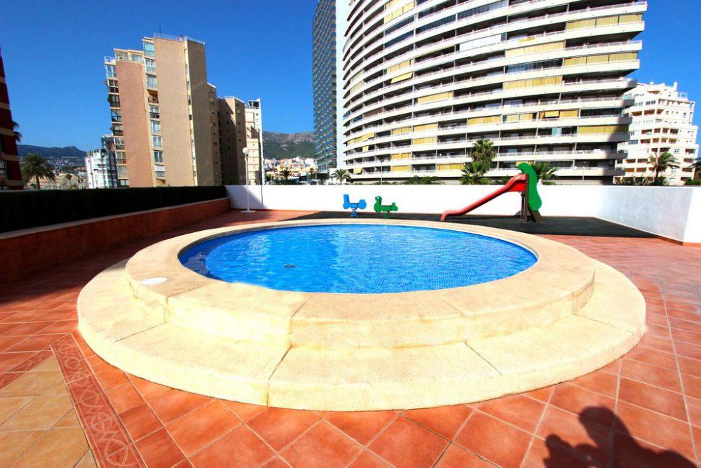 18. Playa de oto piscina niños
