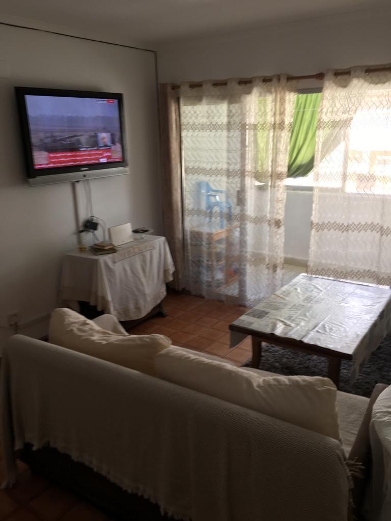2. Cristina, salón