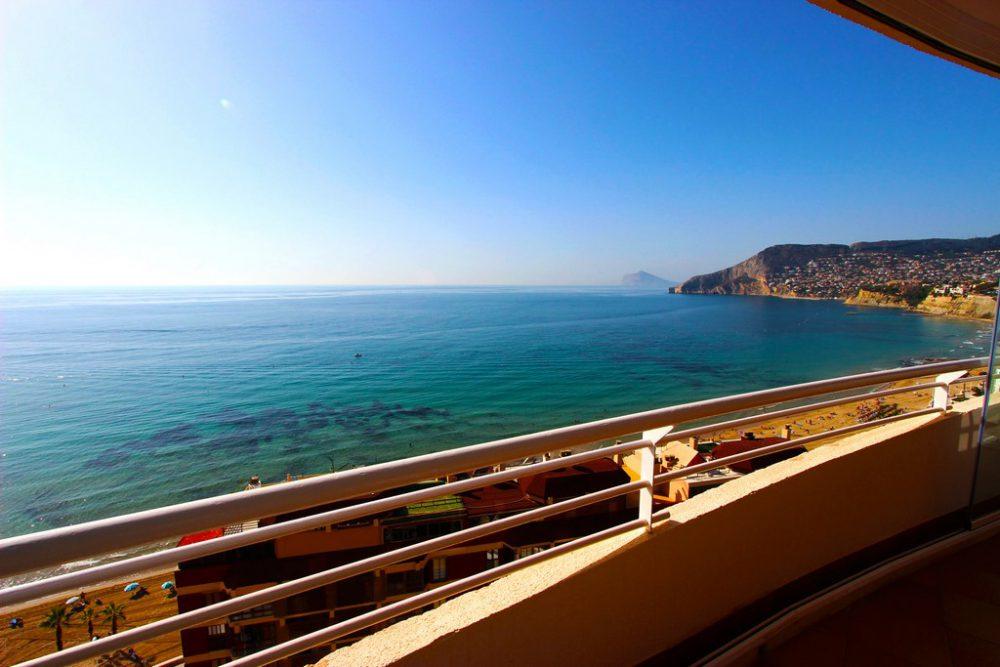 20. Playa de oro vistas panoramicas