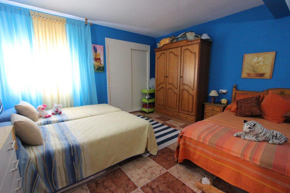 habitacion azul grande
