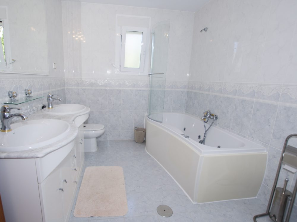 Baño Suite 1