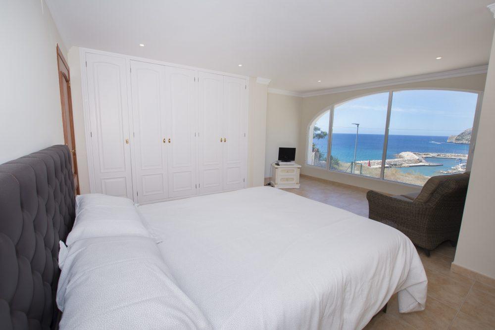 Suite 1 Vista